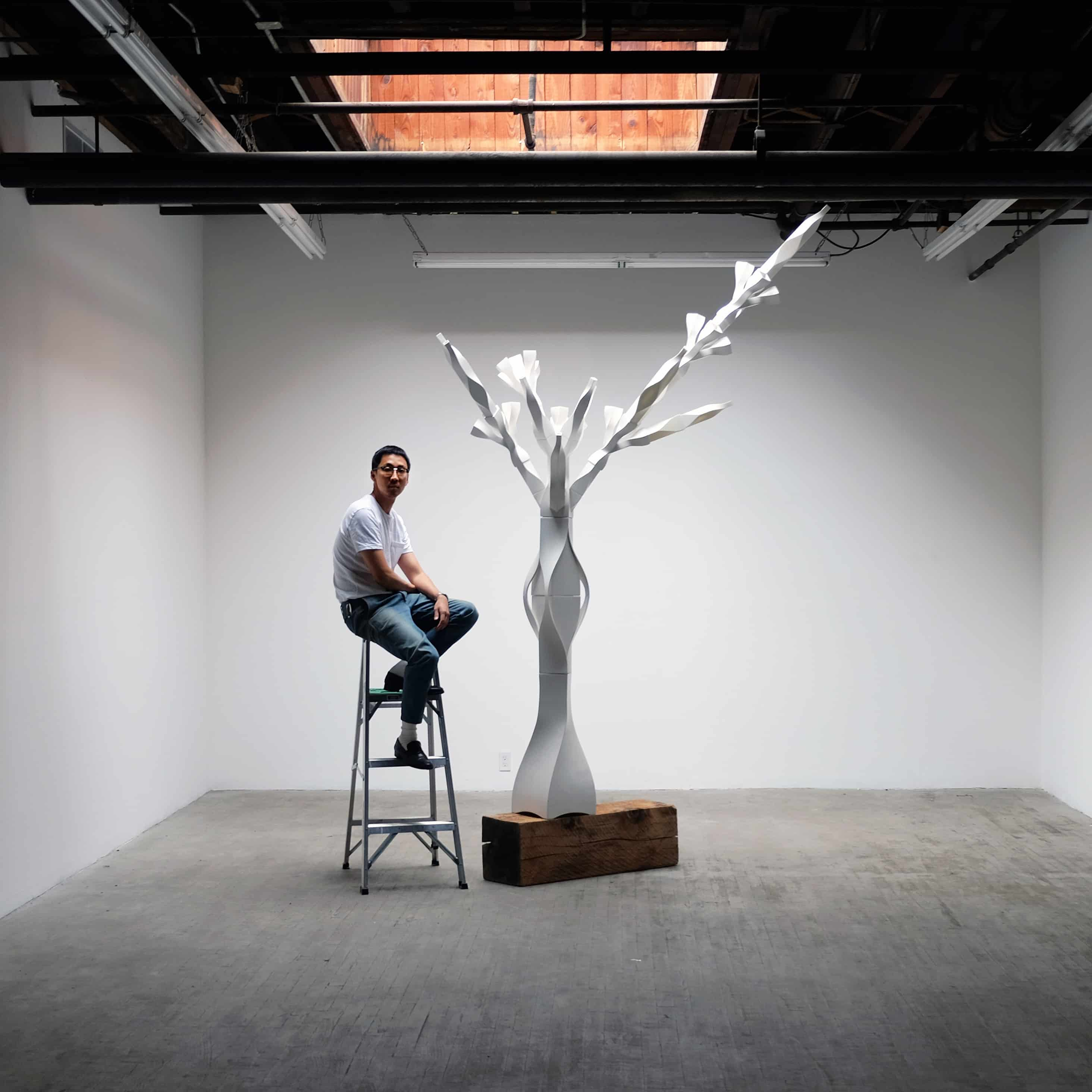 Light, Darkness and the Tree: Self Portrait Tree Brooklyn 2017, Image courtesy of Se Yoon Park